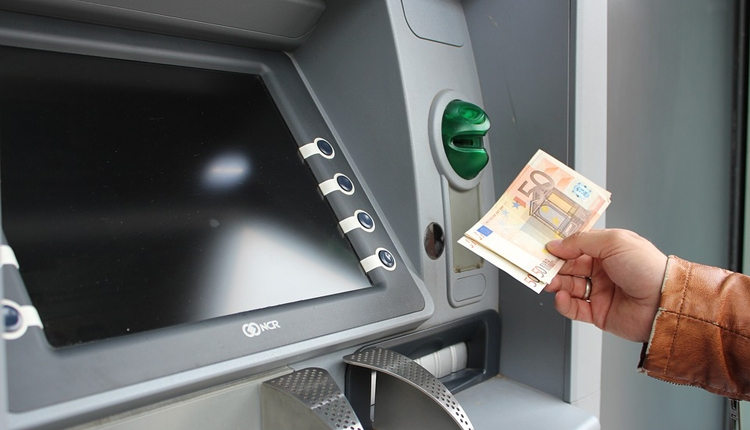 Киберпреступники удалённо атакуют банкоматы по всей Европе