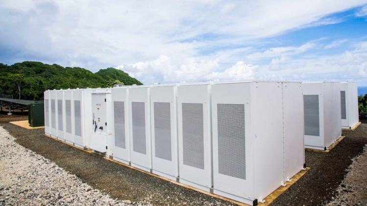 Всего за год Tesla и SolarCity обеспечили целый остров солнечной энергией