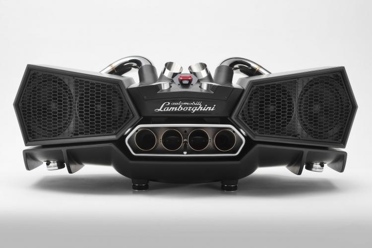 """IxoostEsaVox: дизайнерская акустика с деталями от спорткара Lamborghini"""""""
