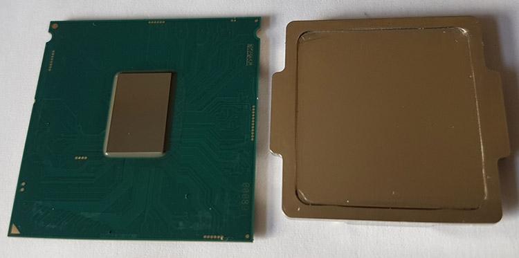 Процессор и его крышка после очистки