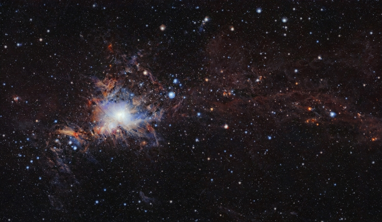 Фото дня: молекулярное облако Орион A во всей красе