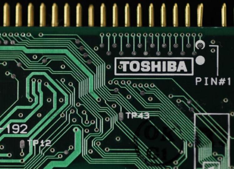 Япония поддержала Broadcom в борьбе за полупроводниковый бизнес Toshiba