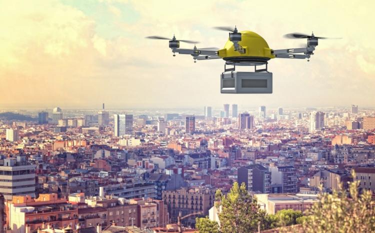 Япония разрешит поставки дронами в 2020 году