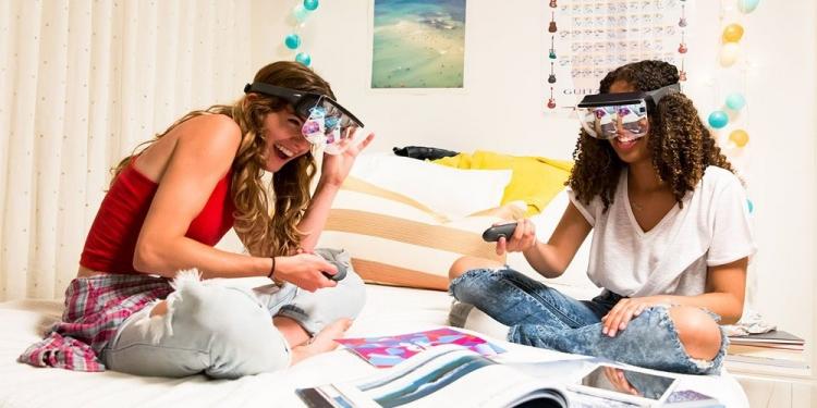 Mira Prism — недорогой шлем дополненной реальности для iPhone 7