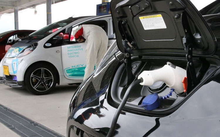 Новые аккумуляторы GS Yuasa удвоят дальность поездки электрокаров