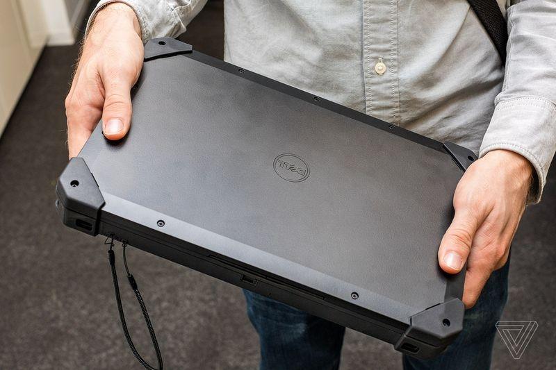 Защищённый планшет Dell Latitude 12 Rugged Tablet работает под Windows 7