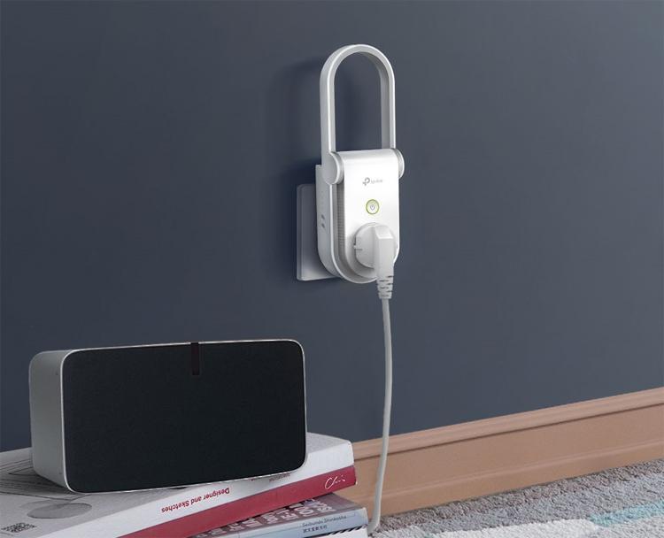 TP-Link RE270K: усилитель Wi-Fi со встроенной умной розеткой