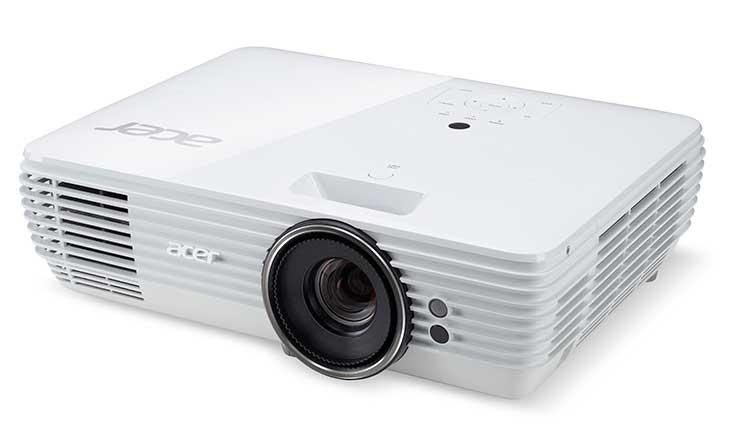 В России поступили в продажу три новых проектора компании Acer: P1150, P1250 и M550