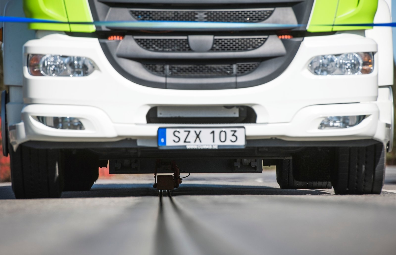 Дороги с функцией зарядки позволят снизить стоимость электромобилей