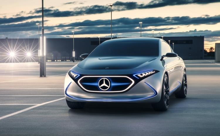 Электрохетчбэк Mercedes-Benz EQA готовится ударить по позициям Tesla Model 3