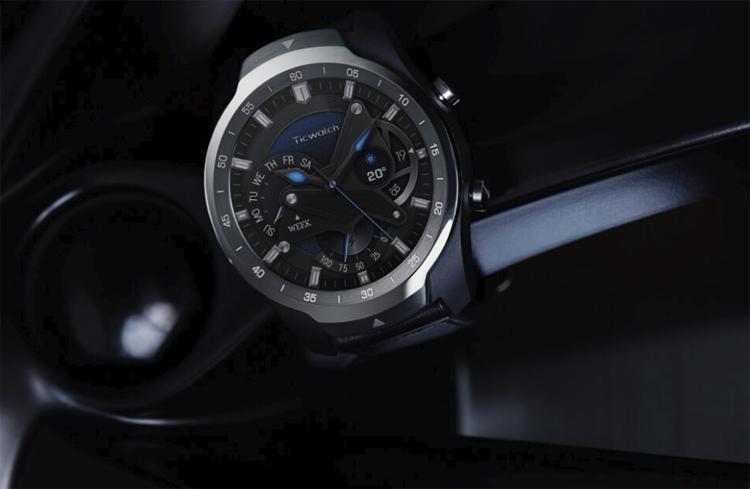 Смарт-часы TicWatch Pro с двумя дисплеями стоят $250