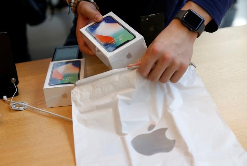 В Японии заподозрили Apple в нарушении антимонопольного законодательства с iPhone