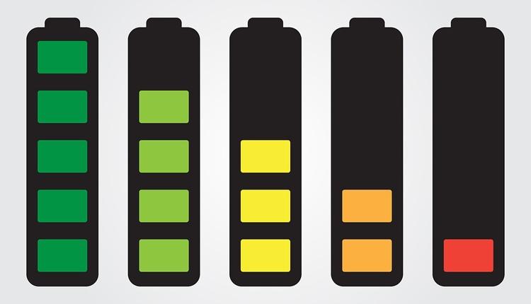 Учёные из РФ установили причину быстрой деградации литий-воздушных аккумуляторов