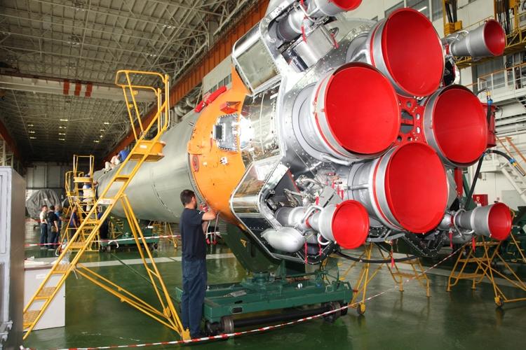 Корабль «Союз МС-10» доставит на МКС еду вместо третьего члена экипажа