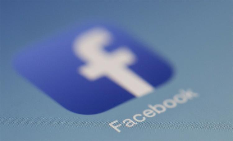 Анонс смарт-дисплеев Facebook ожидается в октябре