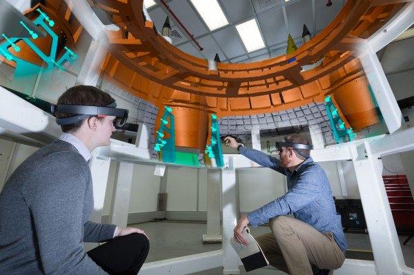 HoloLens используют для ускорения сборки космического аппарата NASA Orion