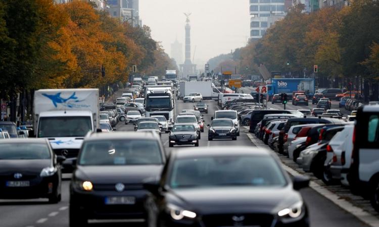 В Германии предлагают штрафовать производителей за отказ ремонтировать дизельные автомобили для уменьшения выбросов