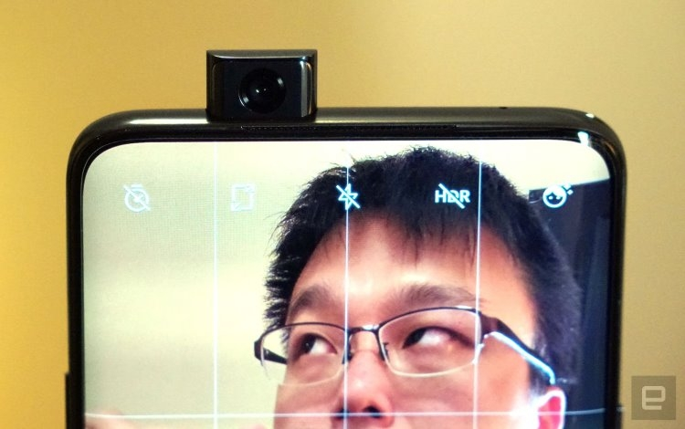 Видео: выдвижная камера OnePlus 7 Pro поднимает 22-килограммовый бетонный блок