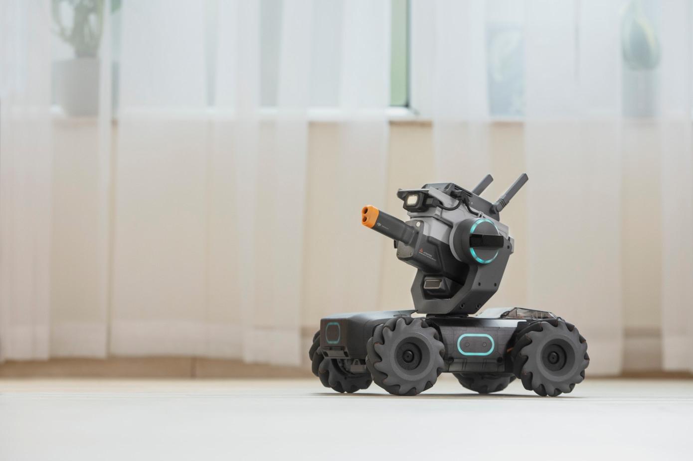 Новый продукт DJI — это танк стоимостью $500 для обучения детей программированию
