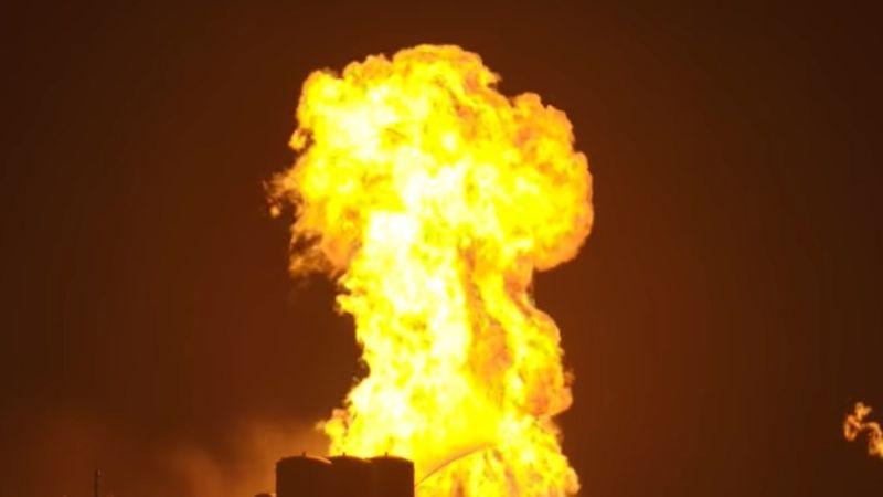 Ракета SpaceX Starhopper превратилась в огненный шар во время теста