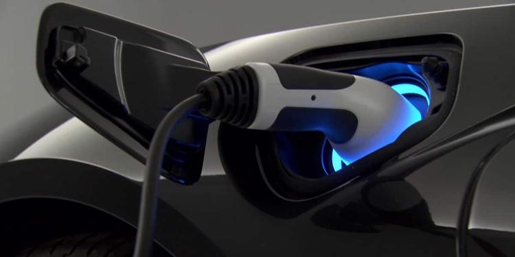 BMW представит электрокар на базе модели 1 Series в 2021 году