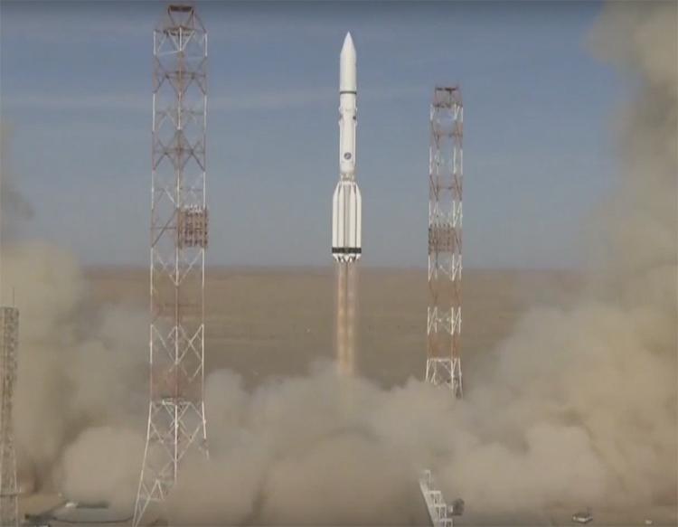 Ракета «Протон-М» с коммерческими спутниками успешно стартовала с Байконура