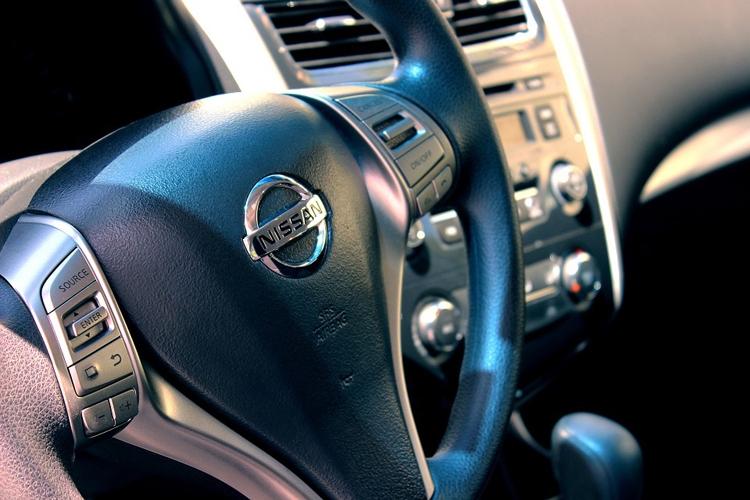 В России отозваны более 160 тыс. автомобилей Nissan: проблема с подушкой безопасности