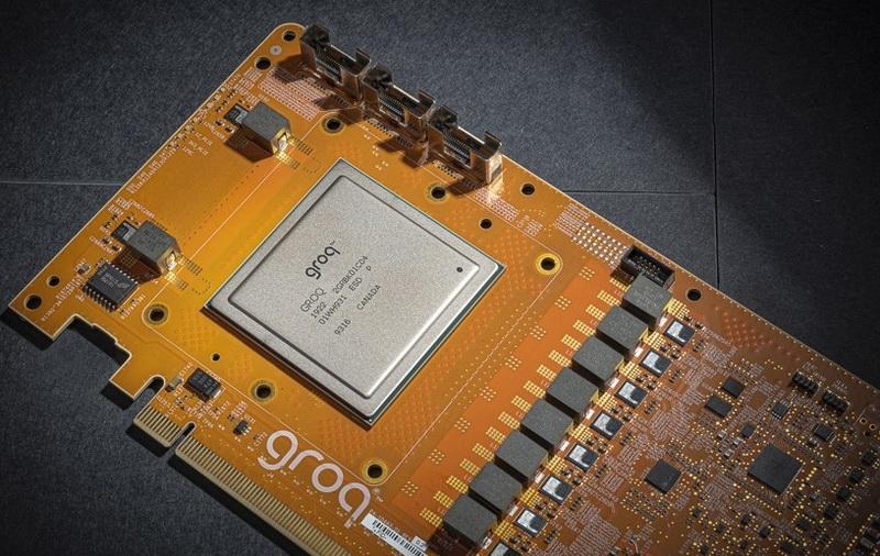 Представлен первый в мире тензорный процессор с производительностью 1 Петаопс