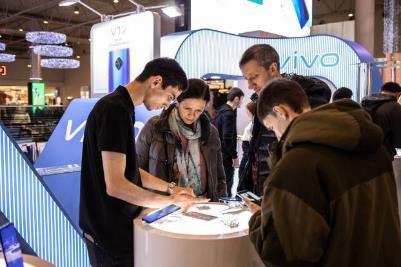 Vivo вошла в топ-5 производителей смартфонов на российском рынке