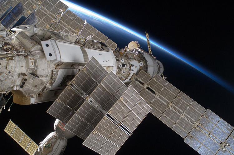 Российский сегмент МКС получит прибор для мониторинга опасных явлений на Земле