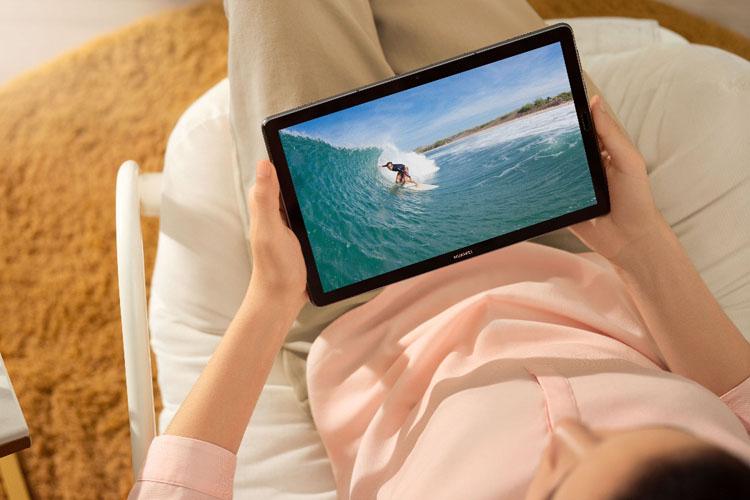 14 февраля в России начались открытые продажи планшета HUAWEI MediaPad M6