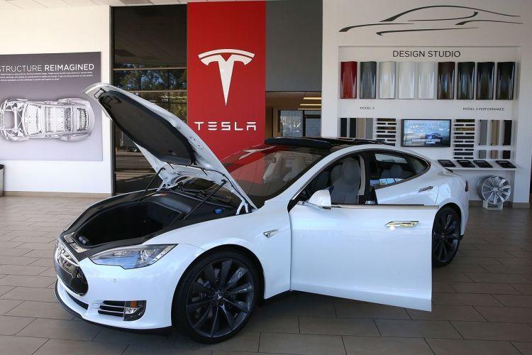 За десять лет курс акций Tesla вырос в 41 раз