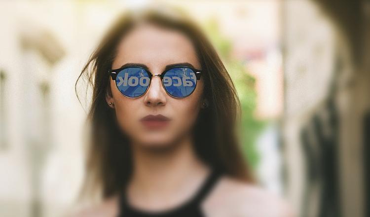 Сеть Facebook заплатила 4 млн рублей за отказ локализовать базы данных россиян