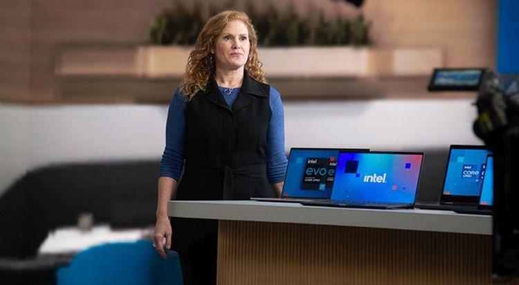 Intel похвасталась собственными успехами в борьбе с дефицитом процессоров