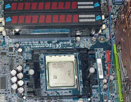 Тестовый стенд выполнен на базе системной платы Gigabyte GA-K8NS Ultra-939 (nForce3 250), cистемы охлаждения Gigabyte...