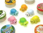 """Несколько новых роботов-игрушек под названием  """"Walkiebits """" в форме маленьких черепашек..."""